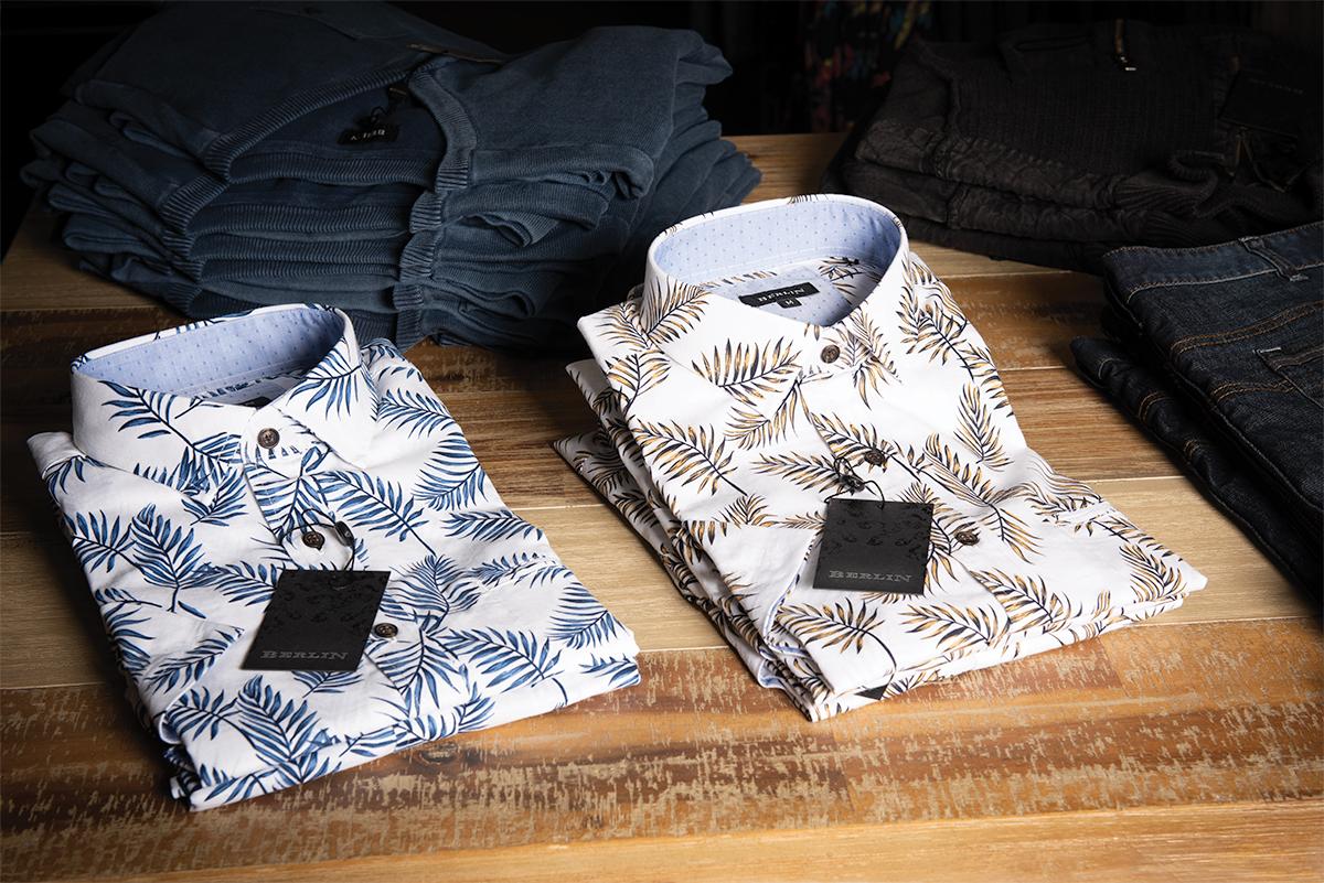 2ShirtsTable
